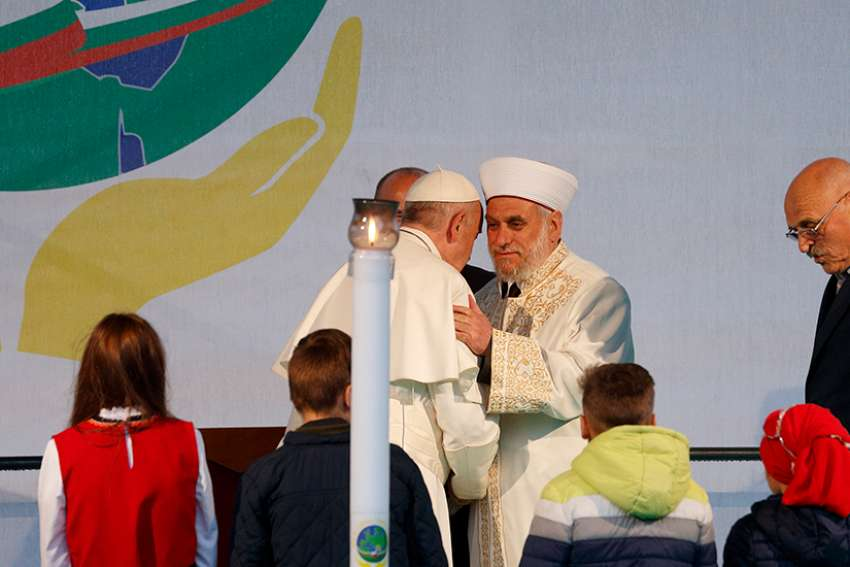 Pope Francis attends a prayer for peace in the presence of various religious confessions in Nezavisimost square, in Sofia, Bulgaria, Monday, May 6, 2019.